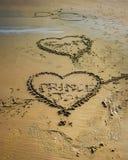 Le signe de l'amour - la plage dans un matin clair de printemps f Photographie stock libre de droits
