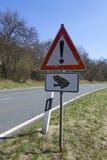 Le signe de route prennent soin des crapauds Image libre de droits