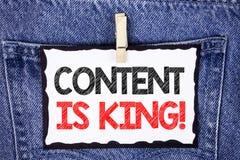 Le signe des textes montrant le contenu est le Roi Motivational Call Seo numérique de photo d'Internet en ligne conceptuel de str photo stock