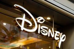 Le signe pour un magasin de détail de Disney à Florence Images stock