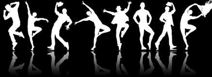 Le siluette dei ballerini nel concetto di dancing Immagine Stock