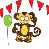 Le singe brun drôle se repose et des accueils Photos stock