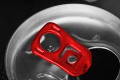 Le soda argenté ouvert peut photographie stock libre de droits