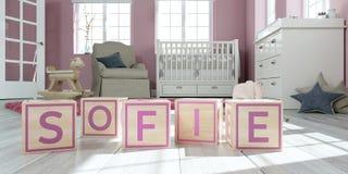 Le sofie de nom écrit avec les cubes en bois en jouet chez la pièce du ` s des enfants Image stock