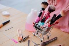 Le soin d'ongle de produits de beauté usine le plan rapproché de pédicurie Image stock