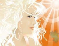 Le soleil d'été brille la personne de la blonde Image libre de droits