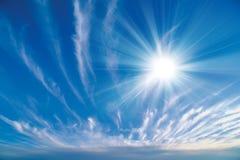 le soleil de ciel Photos stock