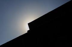 Le soleil de musée d'Anahuacalli au-dessus du toit DF Mexico Images stock