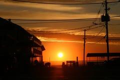 Le soleil de ville de plage Image libre de droits