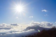 le soleil lumineux Images stock
