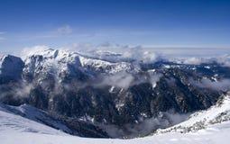 Le soleil montagneux photo libre de droits