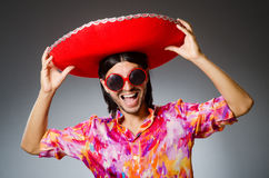 Le sombrero de port de jeune homme mexicain Image libre de droits