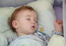 Le sommeil de la chéri Images libres de droits
