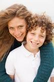 le sonbarn för moder Royaltyfri Fotografi