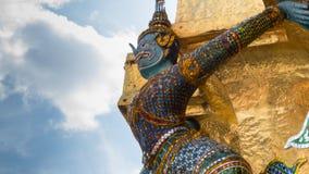 Le special de la statue de géants avec le tronc d'éléphant Photos stock