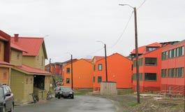 Le Spitzberg : Scène de rue dans Longyearbyen Images stock