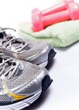 Le sport chausse prêt à s'exercer photo libre de droits