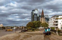 Le St Mary Church dans Battersea photographie stock