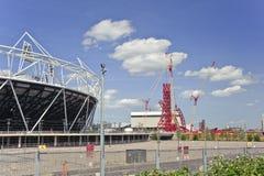 Le stade 2012 de Jeux Olympiques de Londres est en voie d'achèvement Image libre de droits