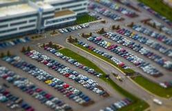 Le stationnement de voiture a coloré la vue d'oeil du ` s d'oiseau Image libre de droits