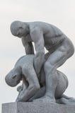 Le statue nella sosta di Vigeland a Oslo, sosta di Norway fotografia stock