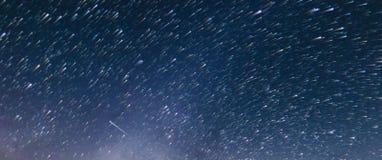 Le stelle trascinano al rallentatore, stile della cometa stock footage