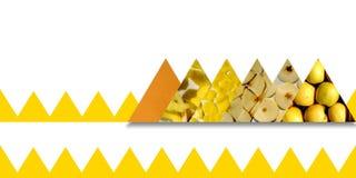 Le strutture di Apple dentro i triangoli limitano dal nastro dentellato Immagine Stock Libera da Diritti