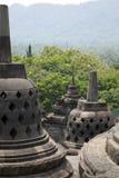 Le stupa antique chez Borobudur est un temple bouddhiste du 9ème siècle à Yogyakarta, Java-Centrale, Indonésie Photos stock