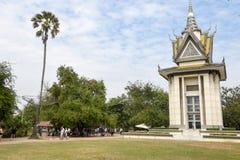 Le stupa commémoratif des zones de massacre de Choeung Ek, Cambodge image stock