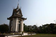 Le stupa commémoratif des zones de massacre de Choeung Ek, Cambodge images libres de droits