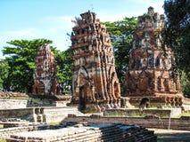 Le Stupa de penchement au temple de Wat Mahathat Photos libres de droits
