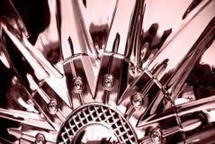 Le stylisé de la roue chromeplated Images libres de droits