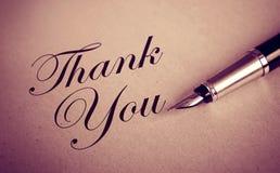 Le stylo de Foutain et vous remercient message photographie stock