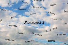 Le succès de mots dans le ciel Images stock