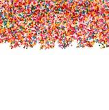 Le sucre arrosent des coeurs de points, décoration pour le gâteau et boulangerie, comme fond D'isolement sur le blanc Image libre de droits