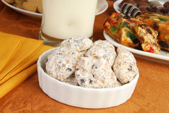 Le sucre en poudre a couvert des biscuits image stock