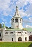 Le Suzdal Kremlin dans l'heure d'été photographie stock libre de droits