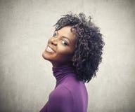 Le svart flicka Fotografering för Bildbyråer