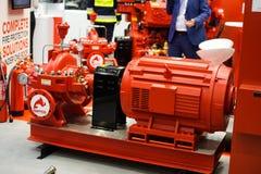 Le système de lutte anti-incendie industriel a démontré à l'exposition à Kiev photo libre de droits