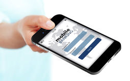 Le téléphone portable avec la page mobile d'identifiez-vous d'opérations bancaires holded à la main l'isolant Photos stock