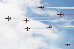 Le T1 de faucon voyage en jet sur le salon de l'aéronautique Image stock