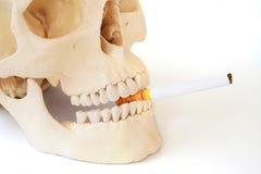 Le tabagisme des mises à mort, cessent le tabagisme Photo libre de droits
