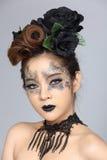 Le talent créatif de fantaisie composent et coiffure sur beau asiatique Images stock
