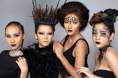 Le talent créatif de fantaisie composent et coiffure sur le Beaut de quatre Asiatiques Image libre de droits