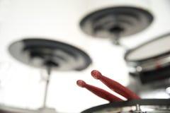 Le tambour et le bâton Image libre de droits