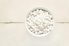 Le tapioca perle dans la cuvette blanche, première vue Images stock