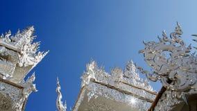 Le temple blanc en Thaïlande Photographie stock libre de droits