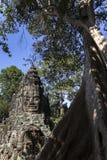 Le temple Bouddha de sourire de Bayon font face au voyage d'Angkor Wat Siem Reap Cambodia South l'Asie de l'Est Images libres de droits