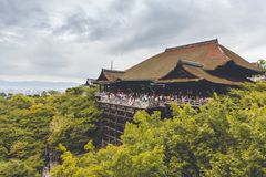 Le temple célèbre de Kiyomizu-dera photographie stock