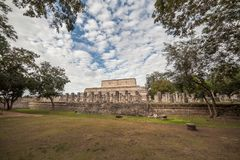 Le temple de mille guerriers dans Chichen Itza, Mexique Photos stock